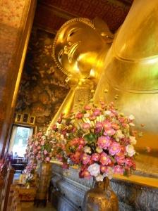 Largest reclining buddha
