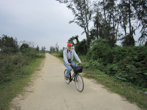 Cycling the countryside of Kim Bong
